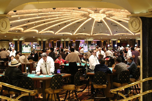 What are the things that you need to know about online gambling platforms?