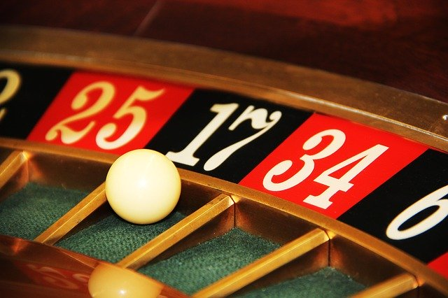 Online casino and alluring feature it Encompasses