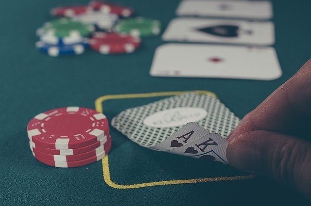 What is the right procedure for playing an online casino?