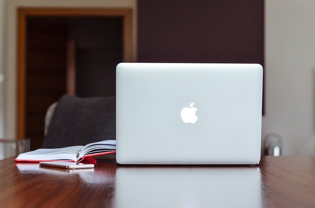 Looking for authorized MacBook repair services? Pay attention