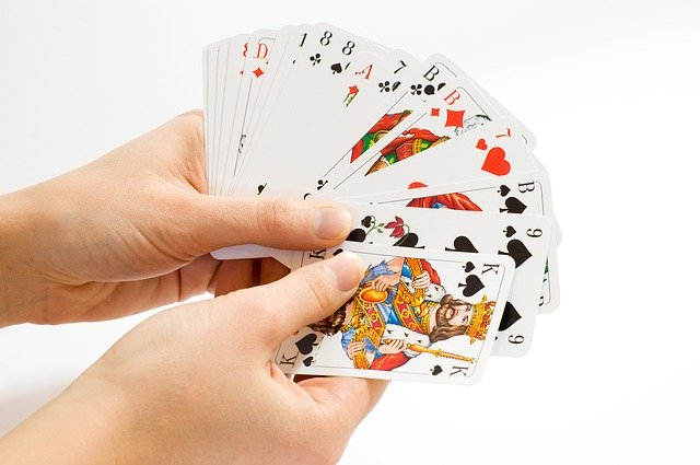 What Are The Different Games Available On An Online Gambling Platform?