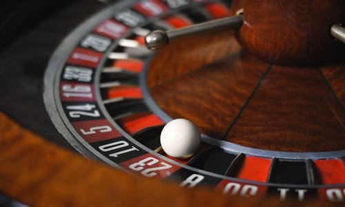A Few Tips To Earn Profit With Online Casino Gambling
