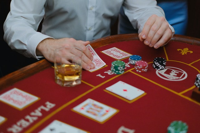 Online Gambling: A game to explore interest